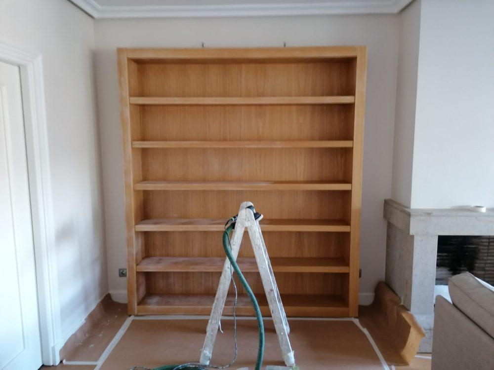 Lacado de libreria antes.