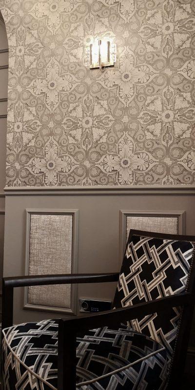 Molduras de pared estilo ingles.