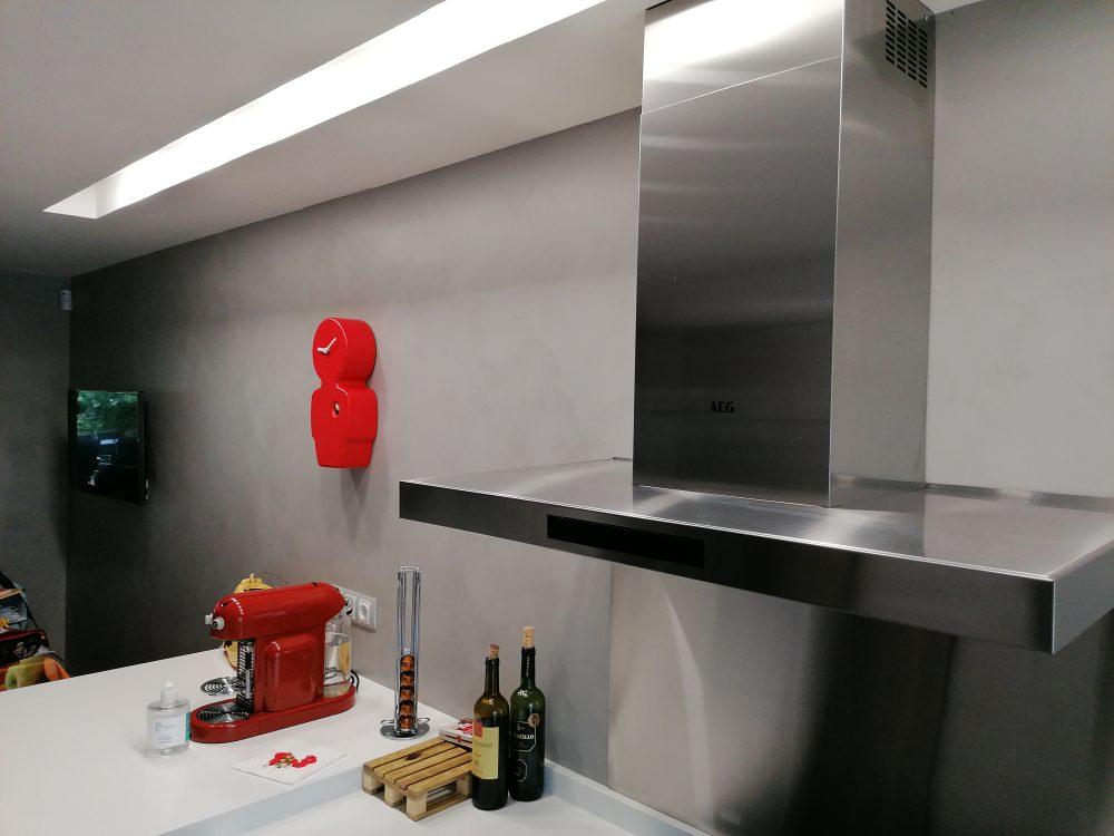 Revestimiento de paredes con Microcemento.